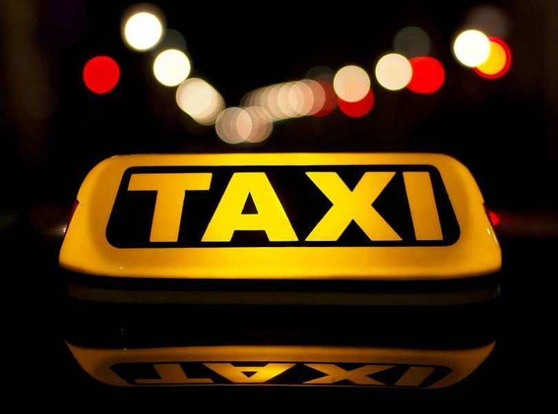 Caerphilly taxi firm Fieldston Limited fined £4,000 for employing unlicensed drivers