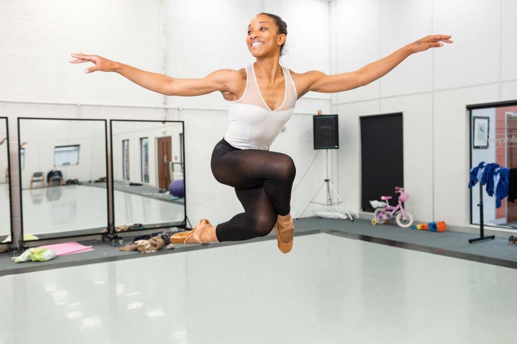 Newport ballet dancer features in new artwork