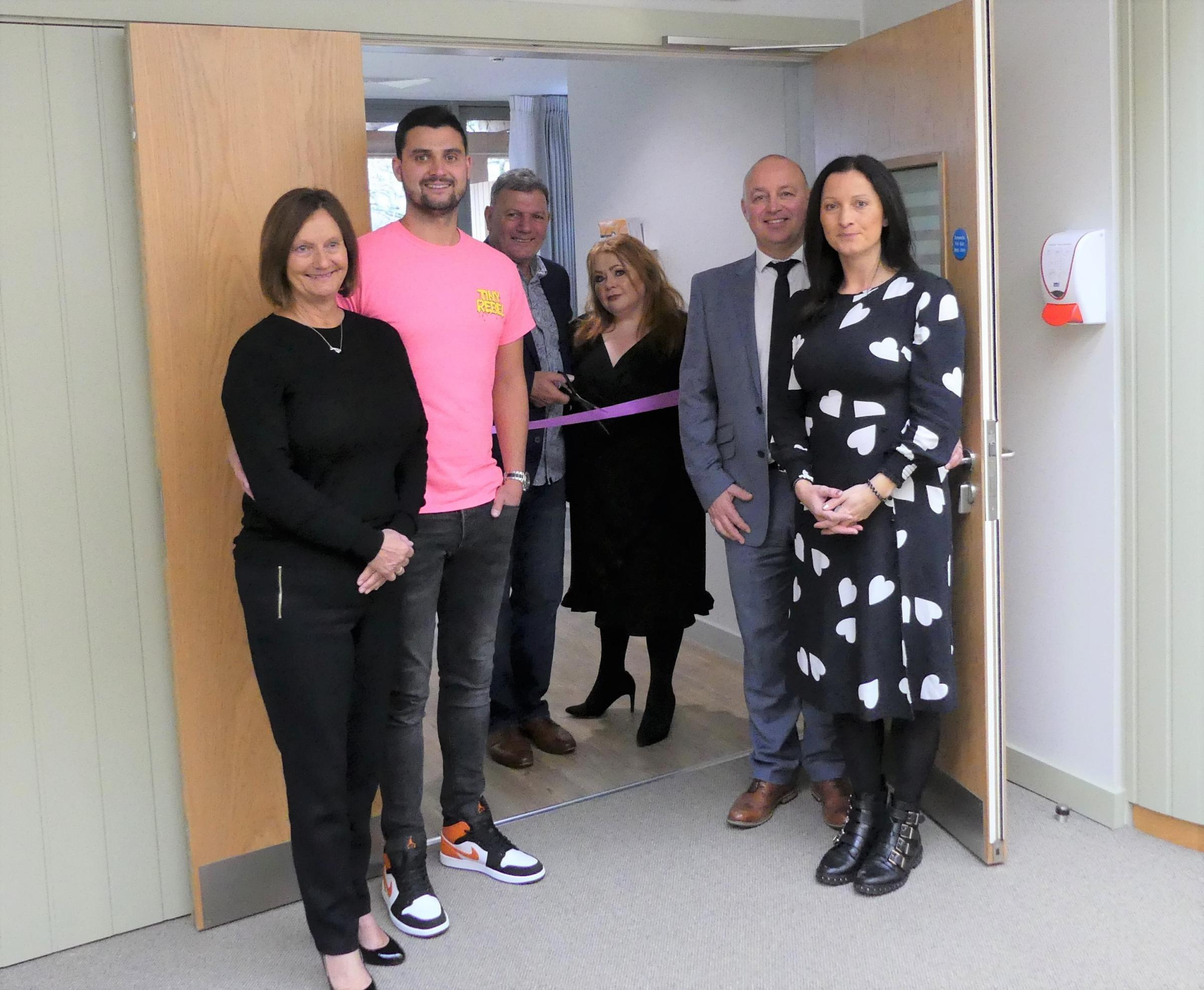 Final room at Gwent hospice dedicated to tireless support of family-owned Newport businesses