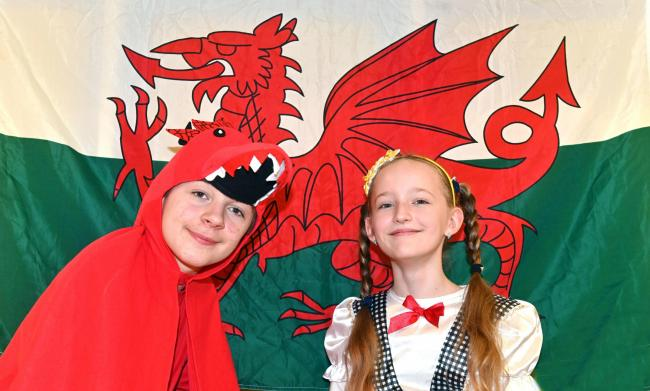 Corbin and Zuzanna celebrate St David's Day at Tredegar Parke Primary School www.christinsleyphotography.co.uk