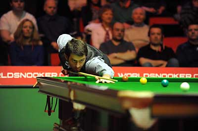 IT'S SO EASY: Ronnie O'Sullivan won 5-0 yesterday