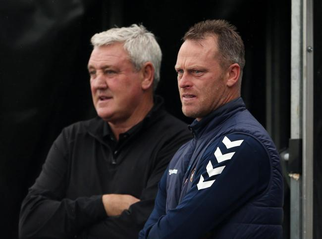 30.09.20 - Newport County v Newcastle United - Carabao Cup - Newcastle United Manager Steve Bruce and Newport County Manager Michael Flynn before the game. Picture: Huw Evans Agency
