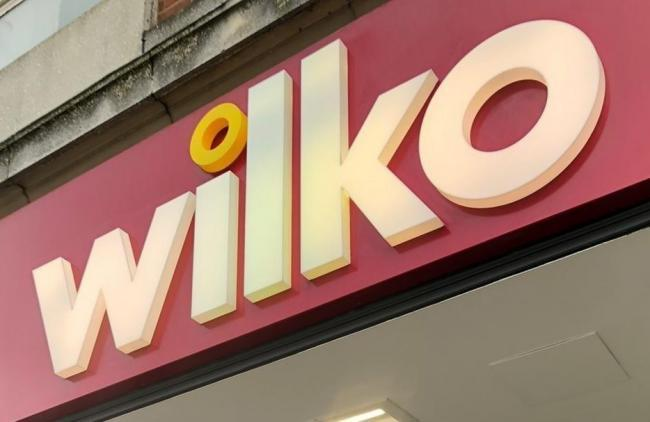 Wilko staff donate blankets for elderly Cwmbran residents