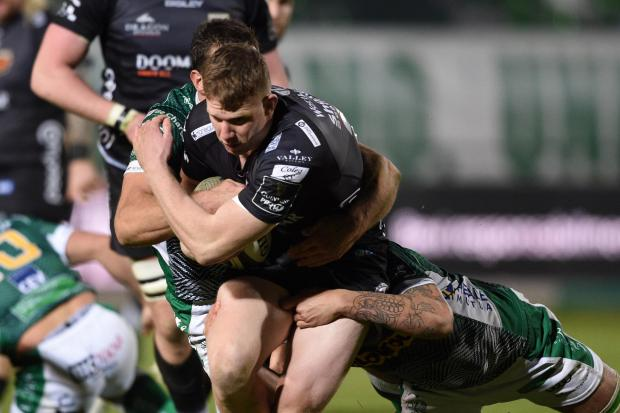 South Wales Argus: PHYSICAL: Jack Dixon carrying hard in Treviso