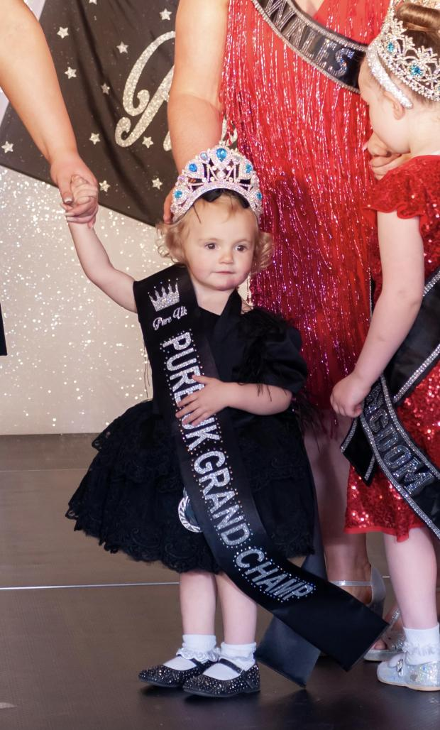 """South Wales Argus: Amy's daughter Georgia won """"Pure UK grand champ"""""""