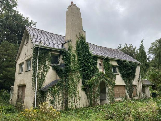 South Wales Argus: Deer Park House, Bassaleg, which is being sold at auction with a guide price of £400,00-plus