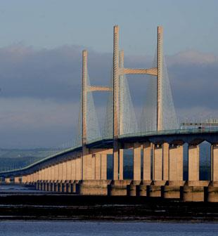 Government 'must be open' on Severn bridges - Newport MP
