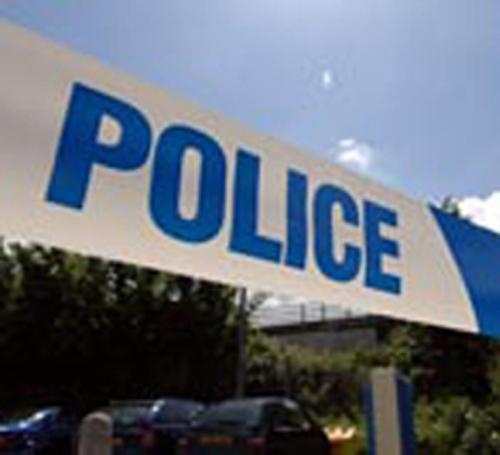 Car accident closes southbound carriageway of Malpas Road