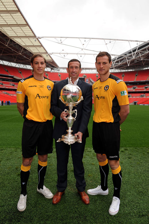 WEMBLEY WAY: County manager Justin Edinburgh with players Sam Foley, left and Gary Warren with the FA Trophy at Wembley