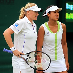 Elena Baltacha (left) and Anne Keothavong are hoping to join Heather Watson in round three