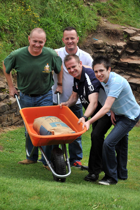 Newport men to scale Snowdon with barrow of cement