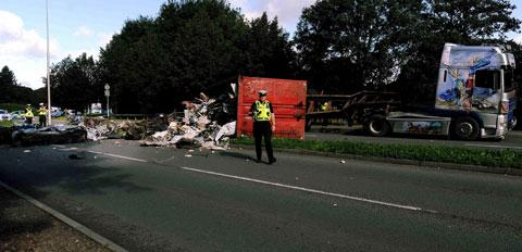 Lorry overturns on SDR in Newport