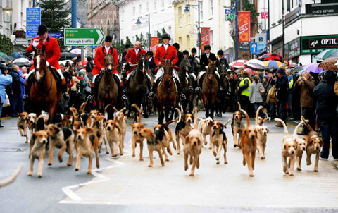 More than 1,000 support Boxing Day hunt in Abergavenny