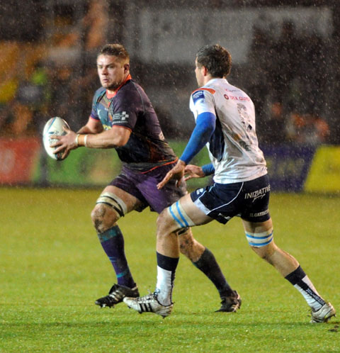 CAPTAIN MARVEL: Dragons skipper Lewis Evans had another great match and scored his side's only try
