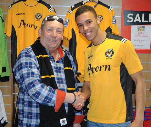 BIG SIGNING: Newport County chairman Les Scadding welcomes back Christian Jolley. Picture: Sam Shingler
