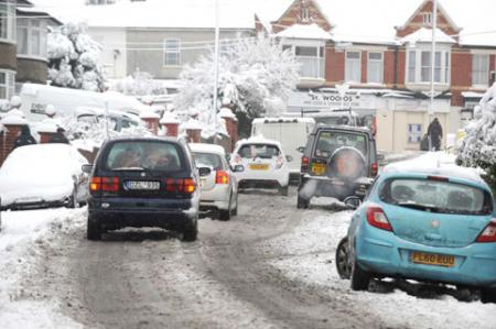 Snow and traffic on Waterloo Road, Newport