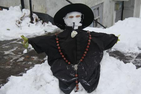 Building a snow priest in Newbridge! From Simon Paine
