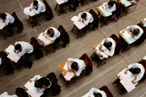 GCSE English papers should not be regraded - report
