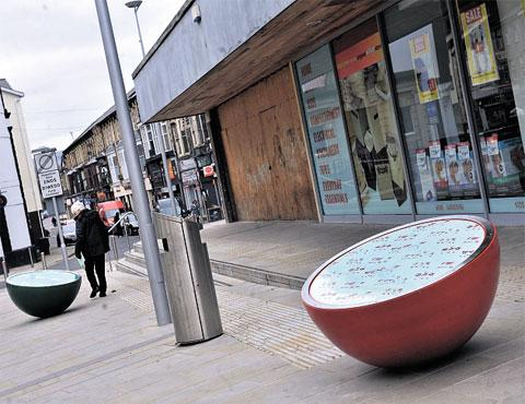 Oddball street furniture gets cool reception from Pontypool shoppers