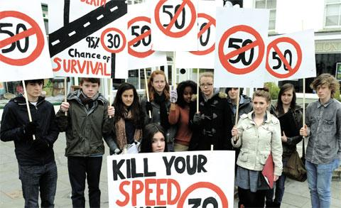 Pupils from Wyedean School are calling for the speed limit on the A48 bridge to be cut