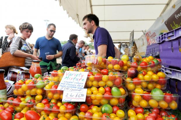 South Wales Argus: Tomato sellers at the Abergavenny food festival. (1190800)