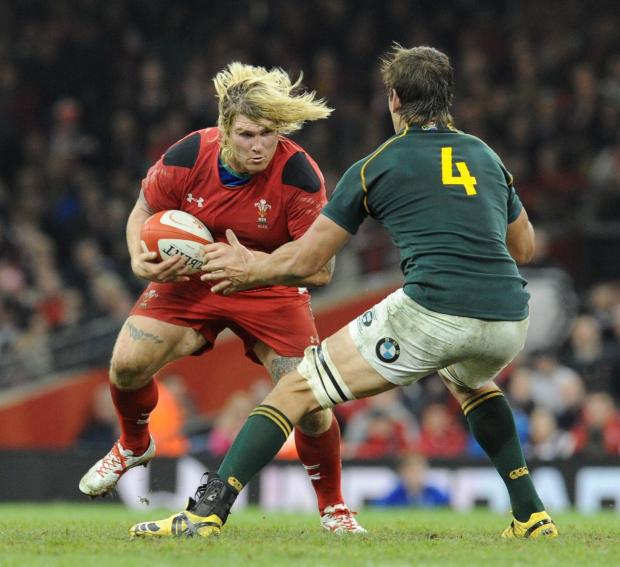 South Wales Argus: INFLUENTIAL: Wales will need hooker Richard Hibbard's barnstorming runs and big hits against England tomorrow