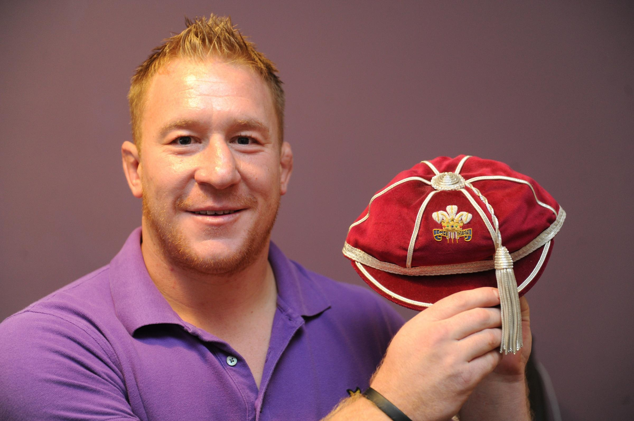 Ex-Wales rugby star backs our heart machine campaign