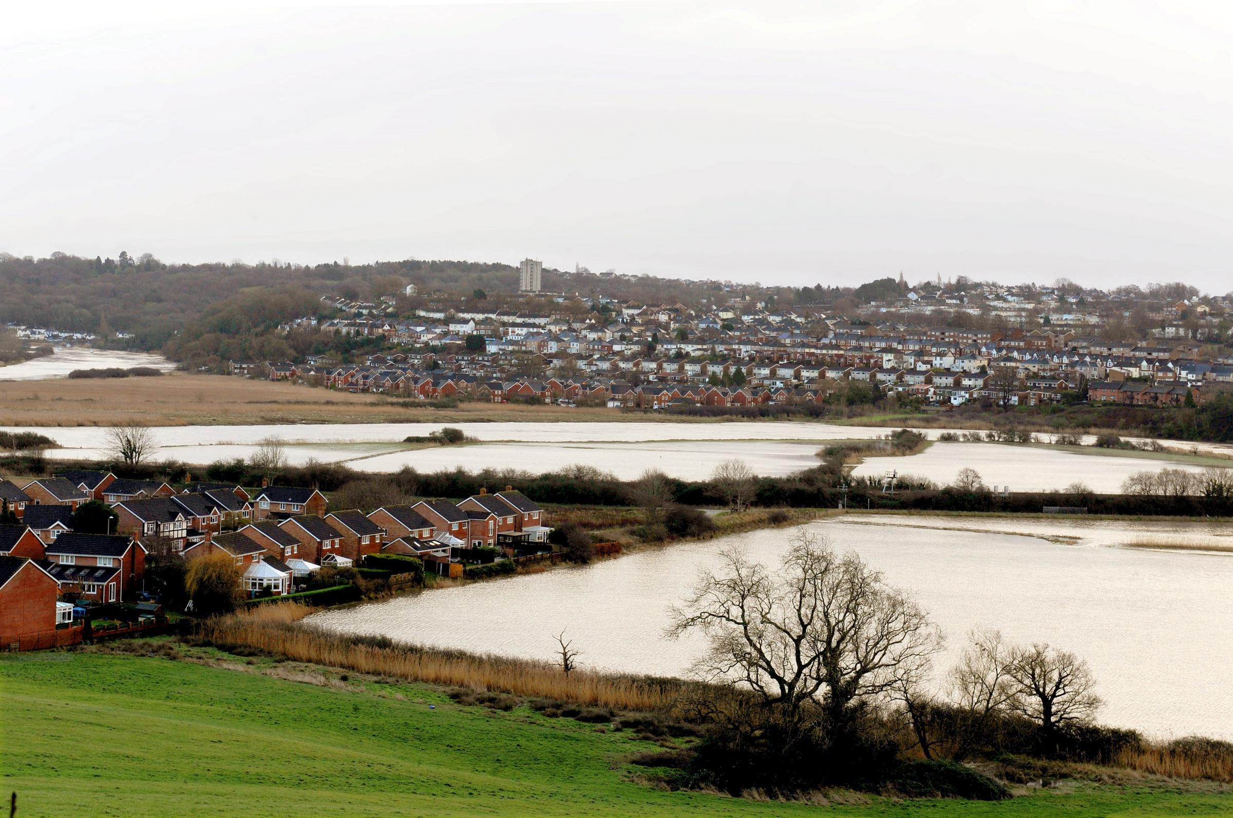 Panoramic view from Pillmawr Road in Caerleon of the flooding of the river Usk. (3238683)