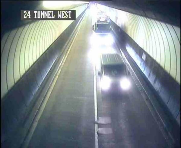 Flooding closes lane of Brynglas Tunnel