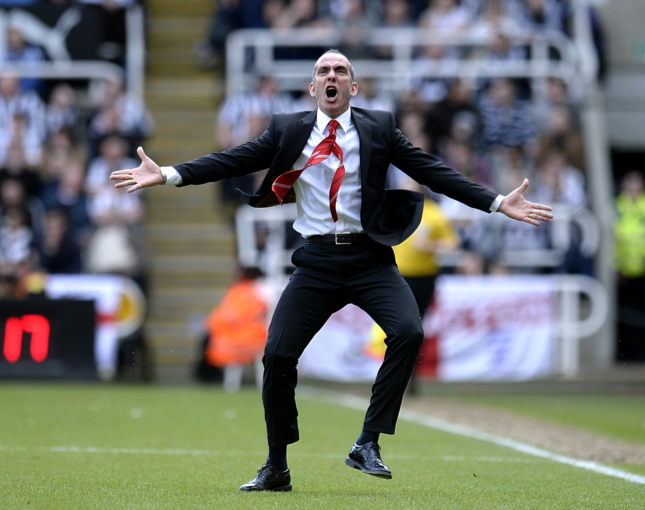 Sunderland manager Paolo Di Canio celebrates after Stephane Sessegnon scores his side's first goal of the game during the Barclays Premier League match at St James' Park, Newcastle. PRESS ASSOCIATION Photo. Picture date: Sunday April 14, 2013. See