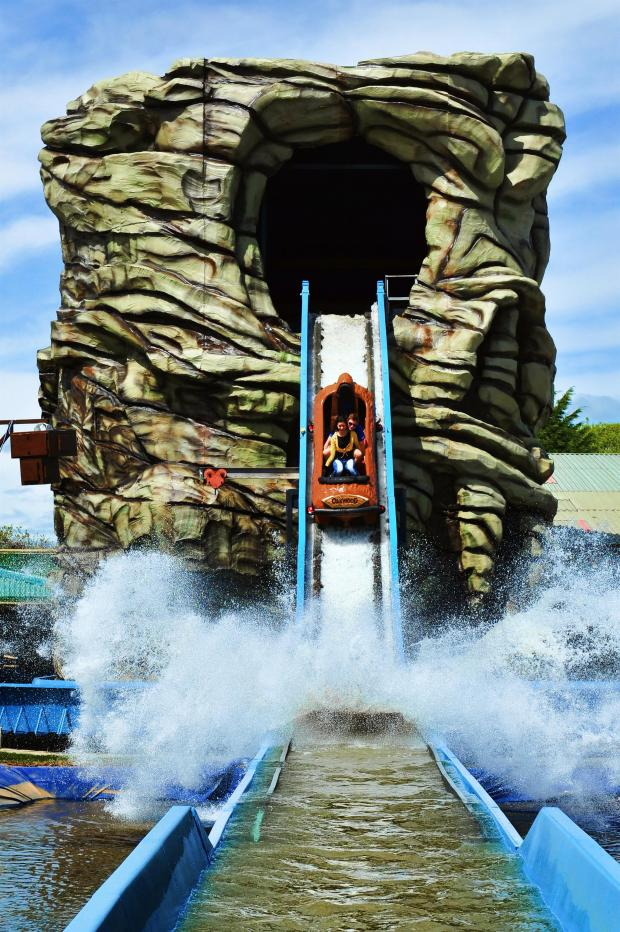 South Wales Argus: SPLASH: The Pirate Log Flume
