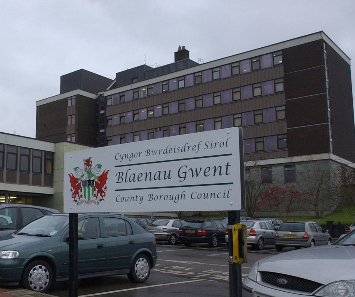 Top Blaenau Gwent councillors have 'open mind' over mergers