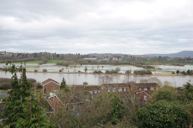 HIGH TIDE: Flooding in Caerleon today