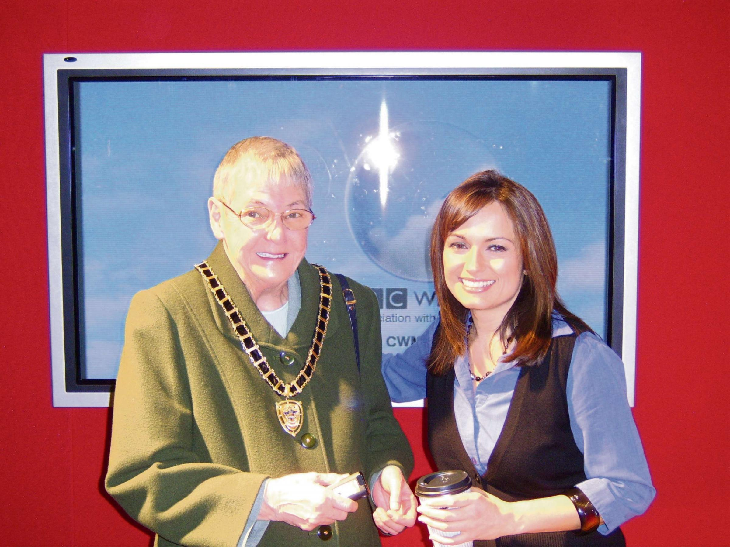 Tributes paid to former Torfaen mayoress