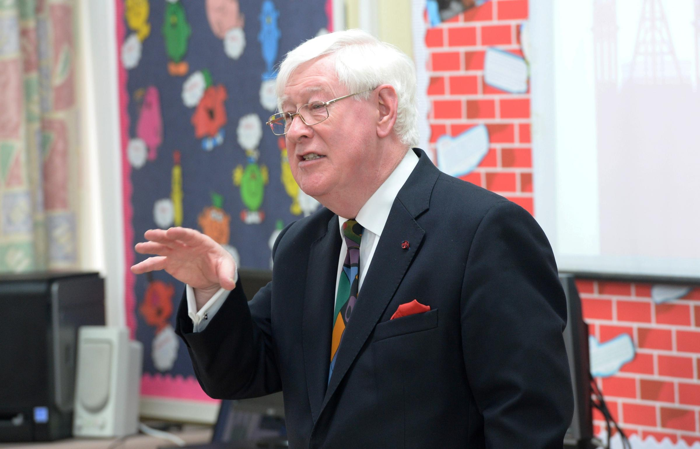 Lord Touhig talks politics with Oakdale pupils