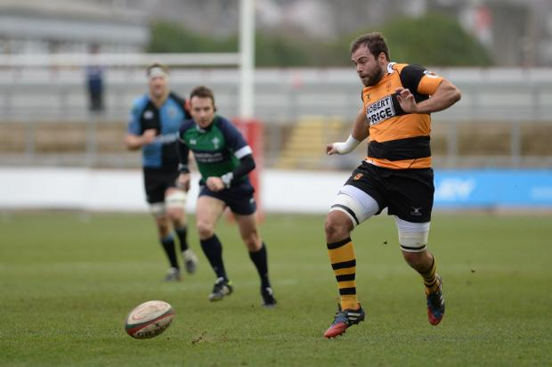 Newport flanker snapped up by Sydney club