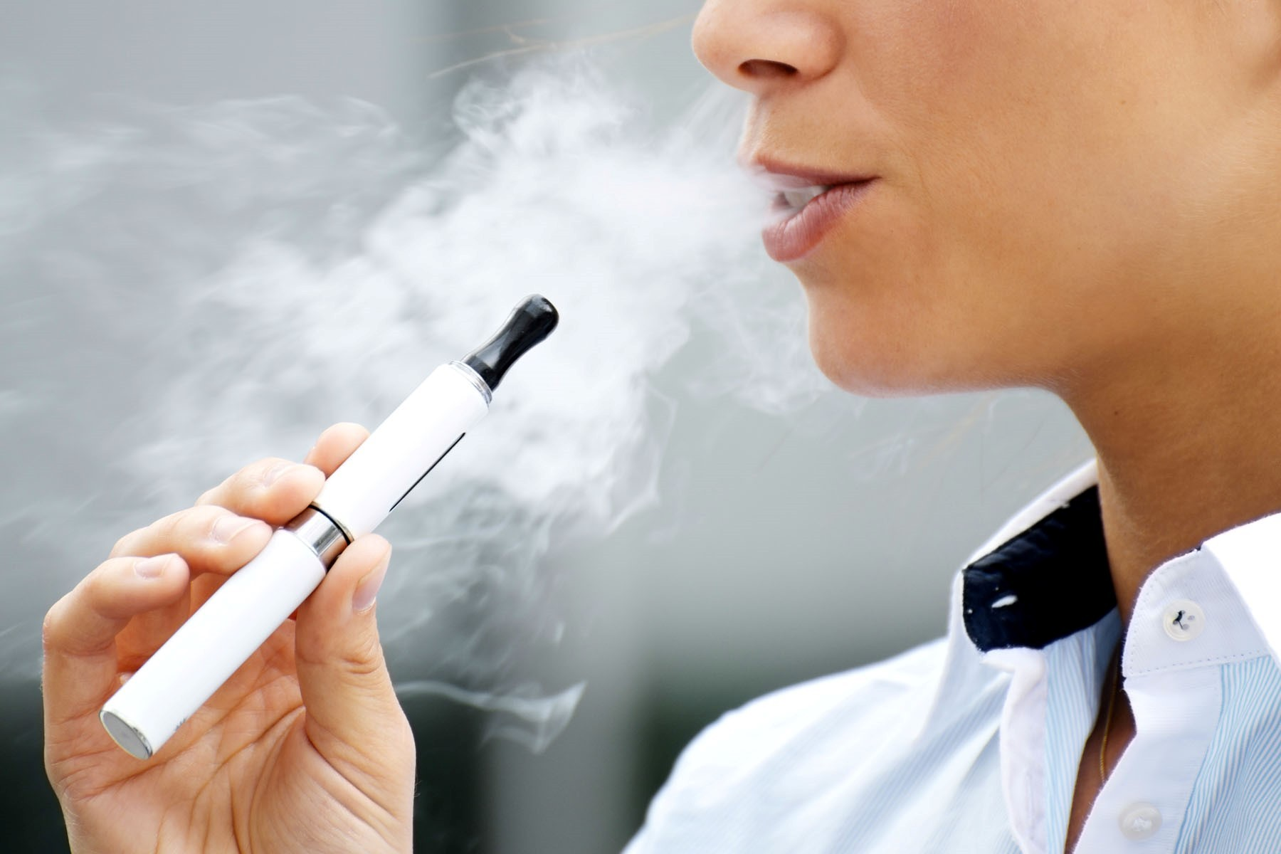 Council bans use of e-cigarettes