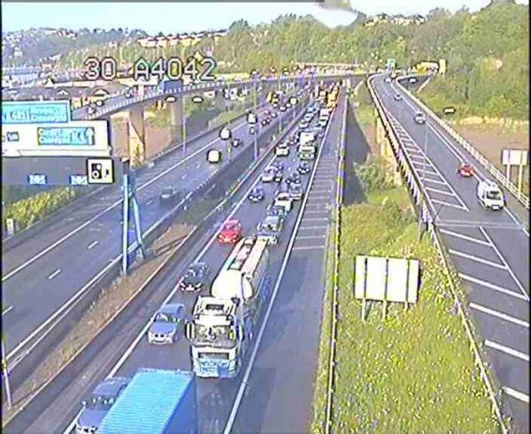 Collapsed manhole closes lane on M4 in Newport