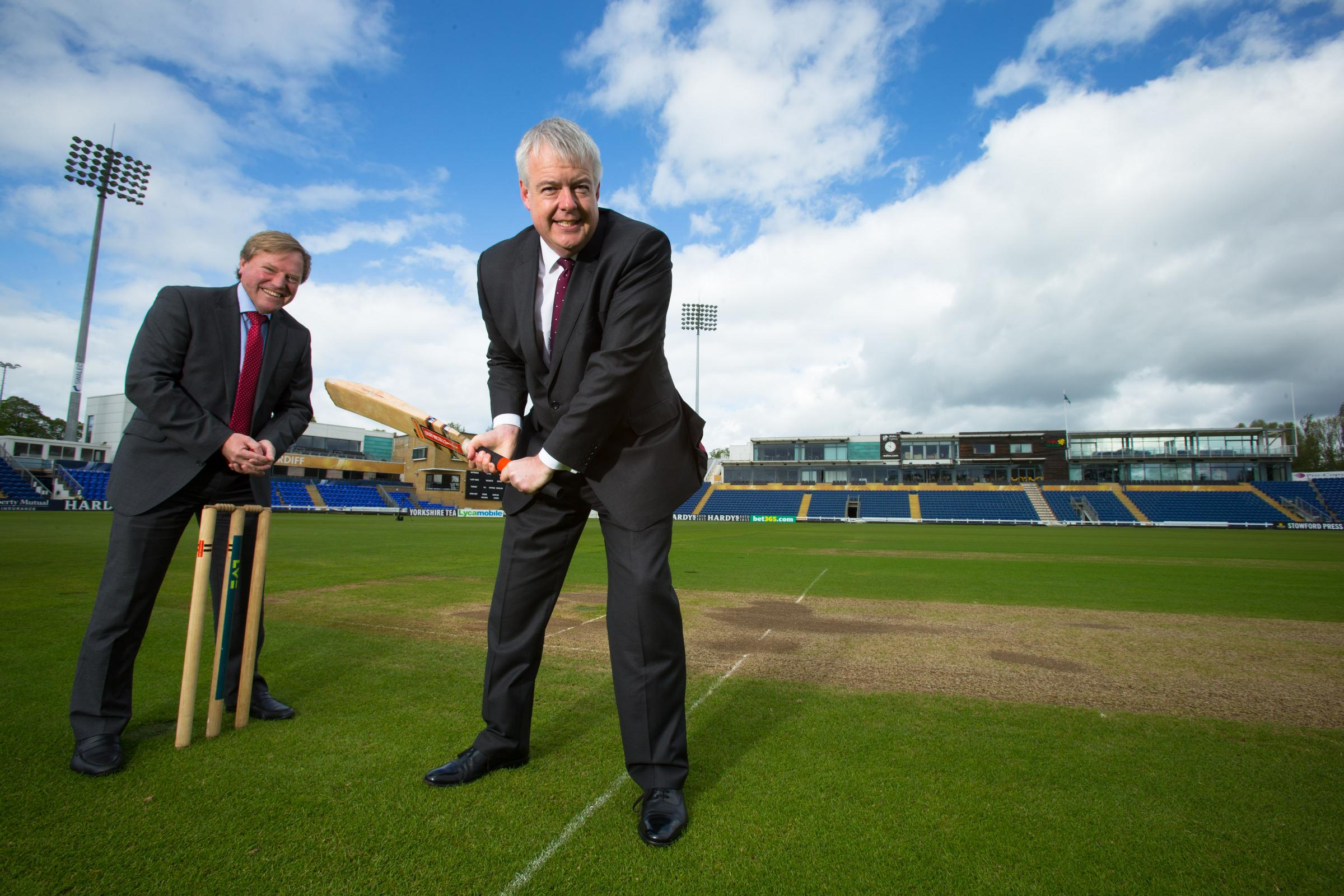 DELIGHTED: Glamorgan cricket chief executive Hugh Morris, left, and First Minister Carwyn Jones