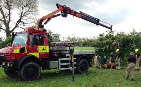 Firefighters rescue horse fom Wentlooge reen