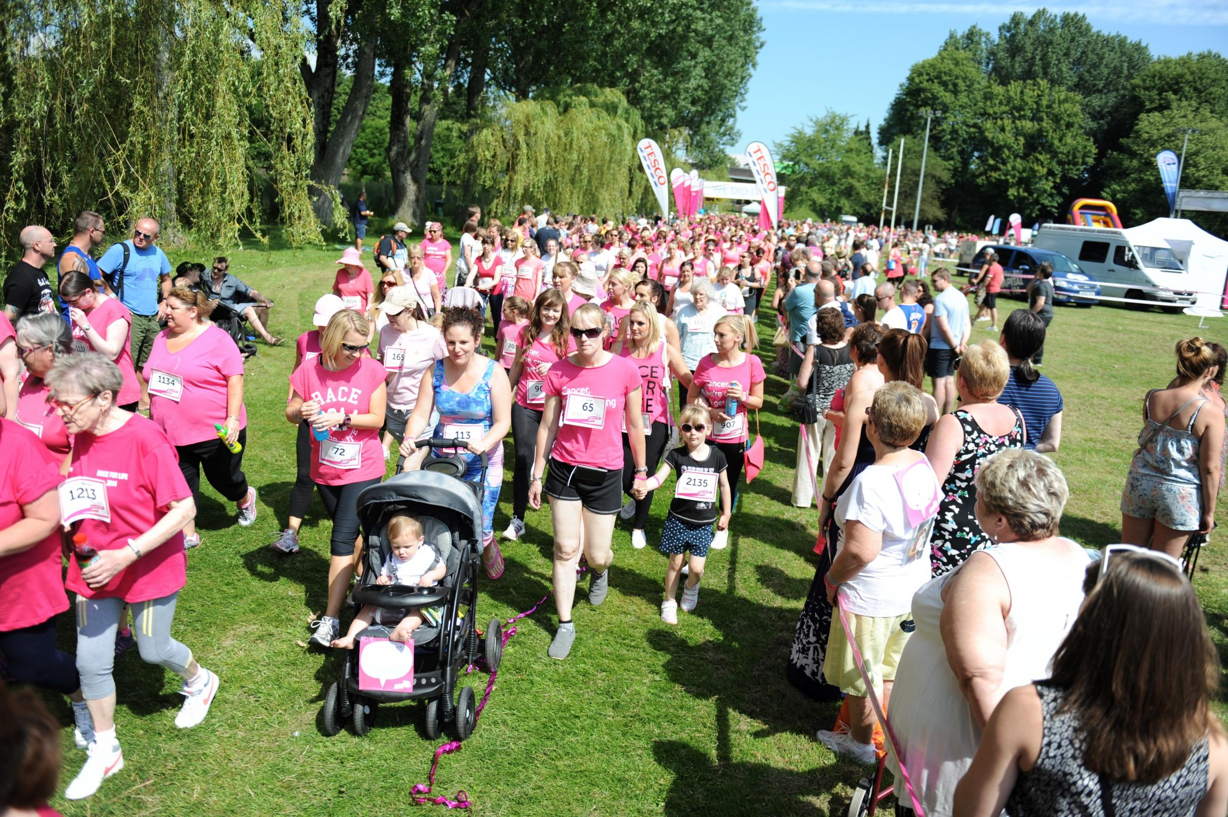 Thousands take on Cwmbran's Race for Life