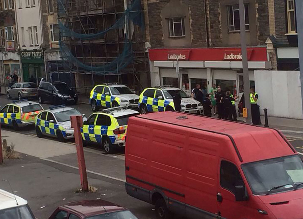 SCENE: Police on Commercial Road in Pill