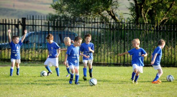 South Wales Argus: CT_577_010     The Blaenavon Blues under 6 and under 7s teams training (7778087)