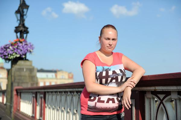 Young mum saves woman from Newport bridge