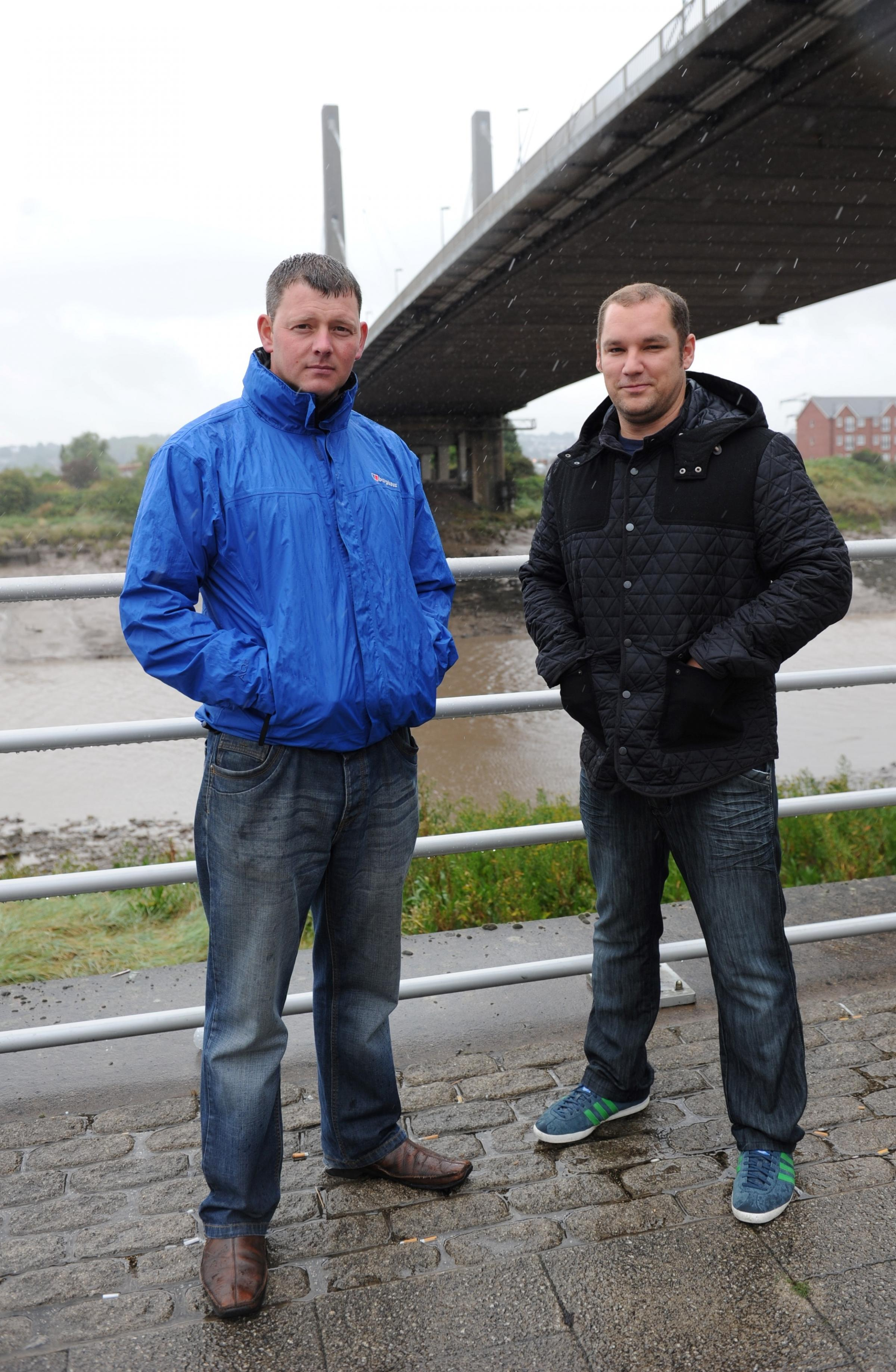 Police hail pair who saved man from drowning in Newport