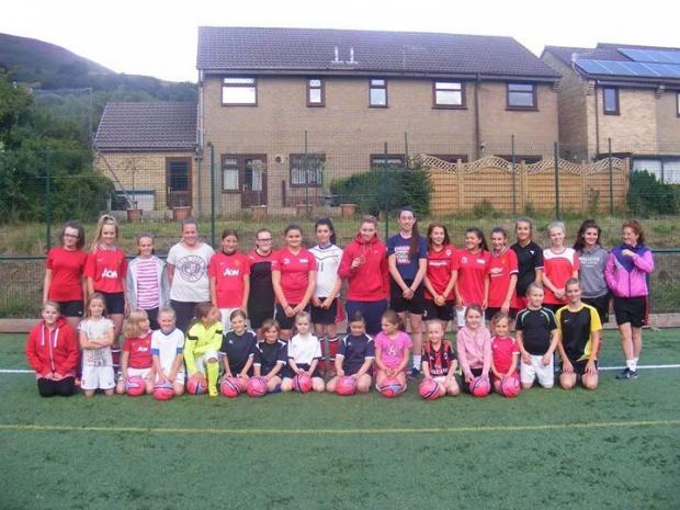 INSPIRATION: Abertillery girls football players met Commonwealth Games star Lauren Price at training