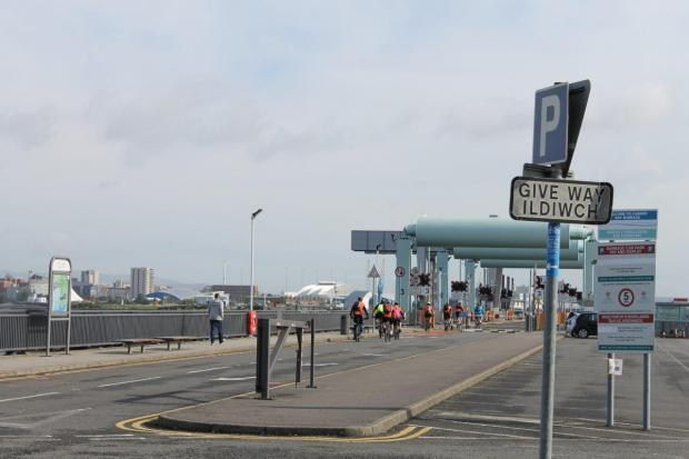 South Wales Argus: LONG TREK: The bike ride started from the Penarth side of the Cardiff Bay Barrage