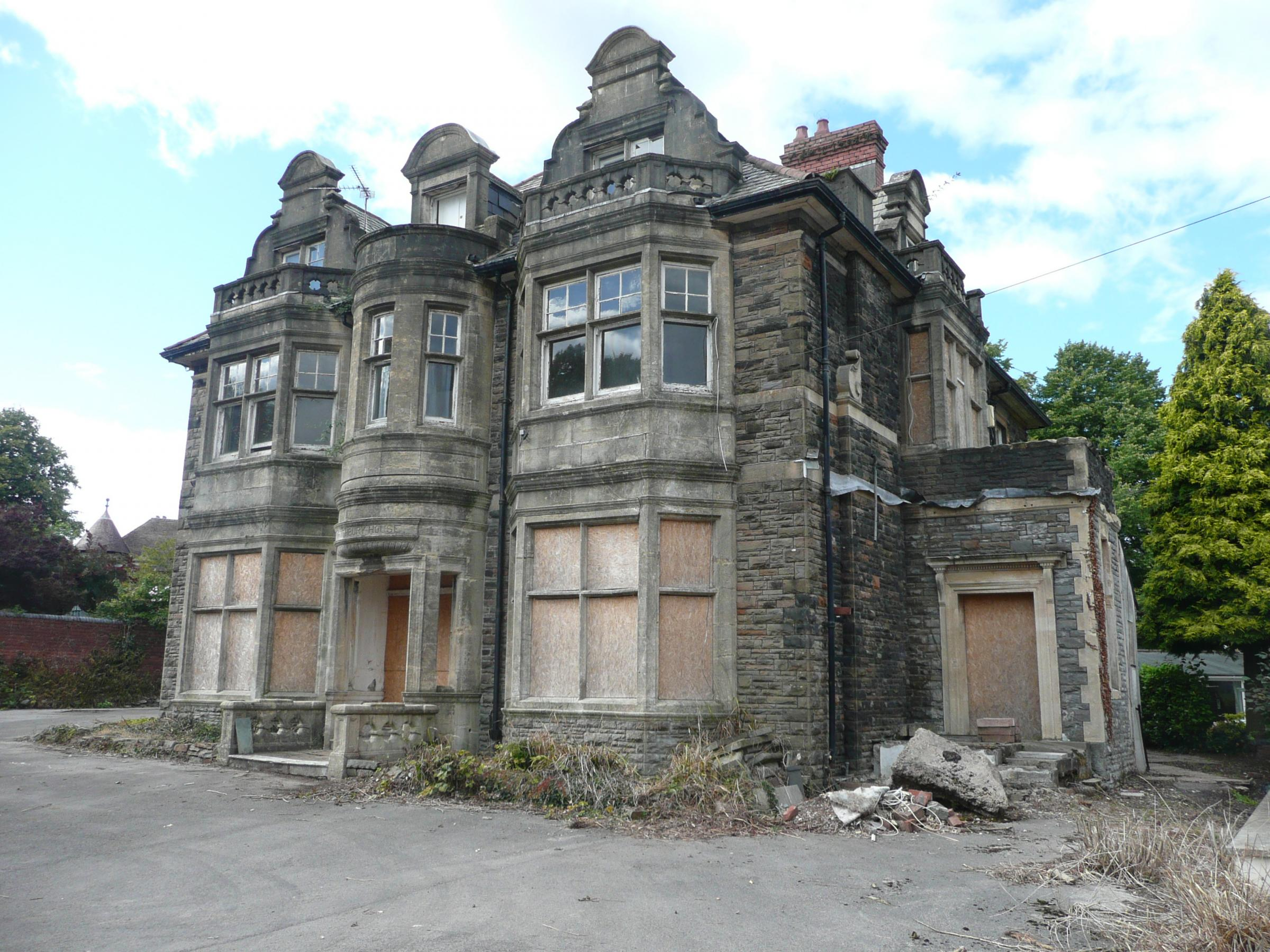 Imposing 19th century listed Newport house is snapped up pre