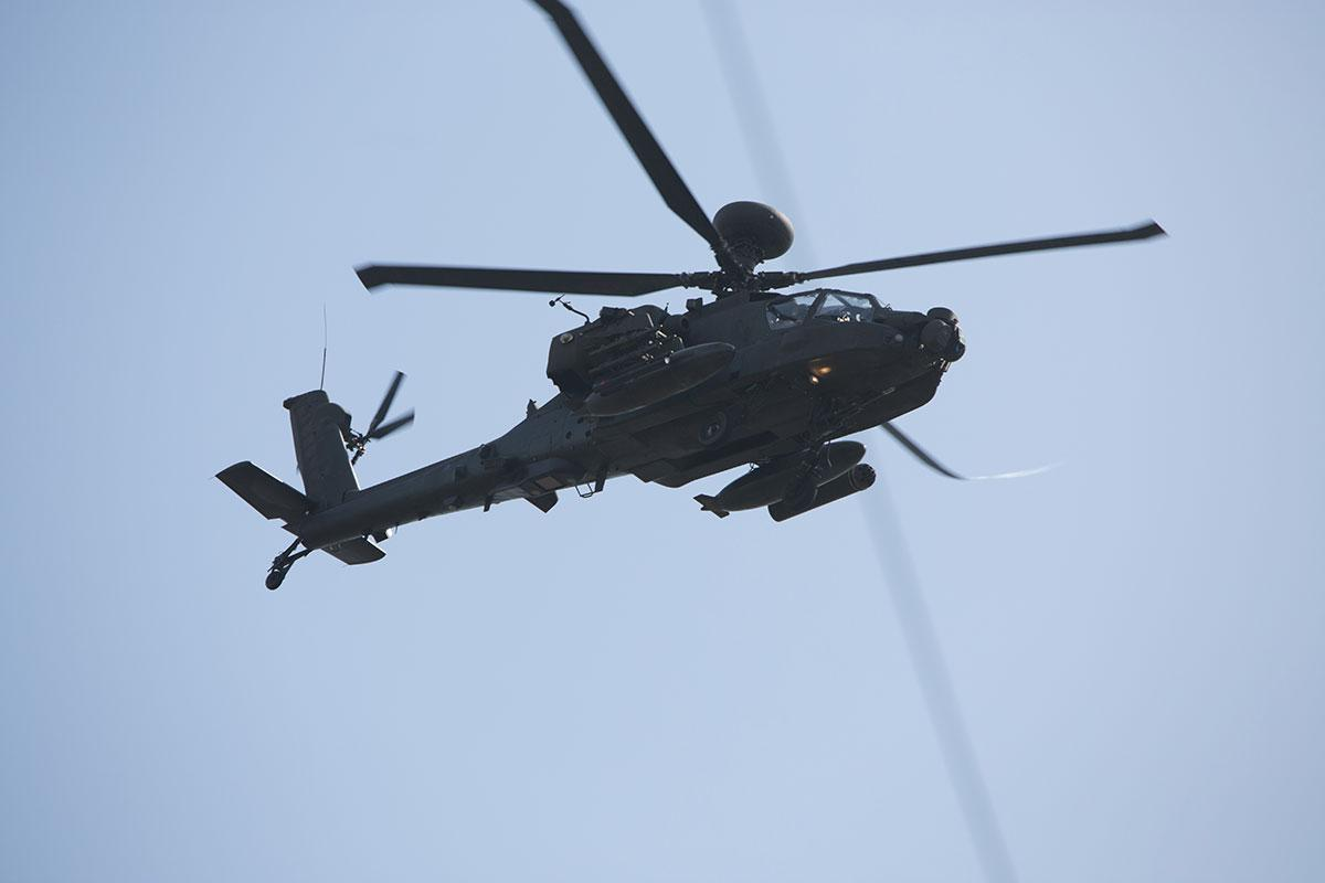 PICTURES: Apache and Chinook