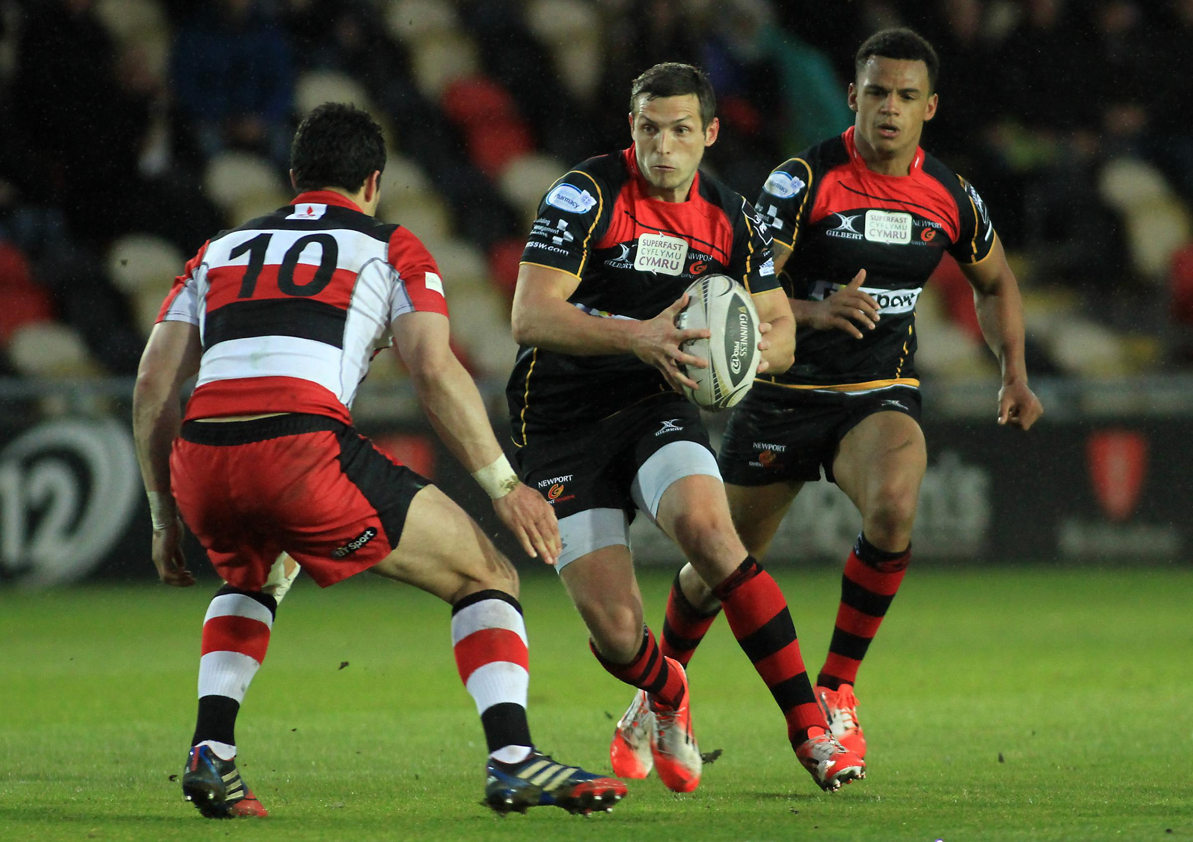 SCOTLAND MOVE: Jason Tovey, pictured playing for the Dragons against Edinburgh, has moved north